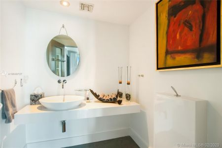 1643 Brickell Ave #2101 photo08
