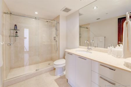18911 Collins Ave #703 photo014