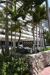 5555 Collins Ave #6W photo032