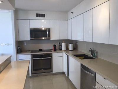 5757 Collins Ave #605 photo04