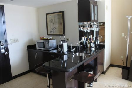 1437 Collins Ave #204 photo015