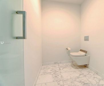 10203 Collins Ave #1205 photo026