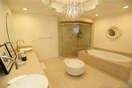 3801 Collins Ave #TH-2 photo022