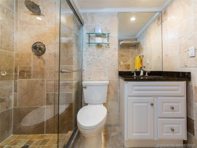 5555 Collins Ave #4Z photo06
