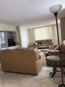 5005 Collins Ave #425 photo06