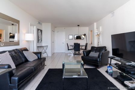 5151 Collins Ave #1621 photo016
