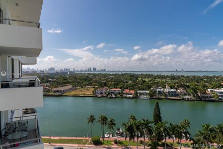 5151 Collins Ave #1621 photo017