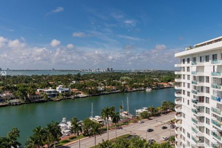 5151 Collins Ave #1621 photo019