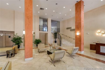 5825 Collins Ave #6B photo014