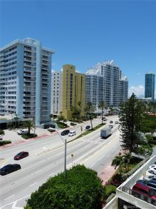 5825 Collins Ave #6B photo022