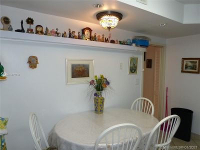 5825 Collins Ave #6B photo034