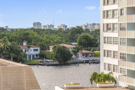 5825 Collins Ave #6B photo041
