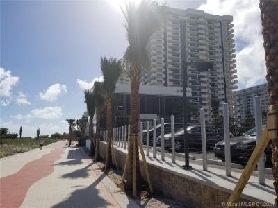 5825 Collins Ave #6B photo06