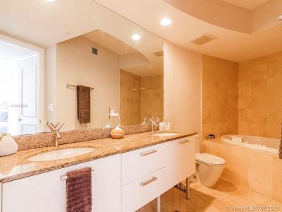 17201 Collins Ave #2209 photo018