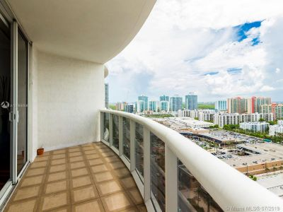 17201 Collins Ave #2209 photo023