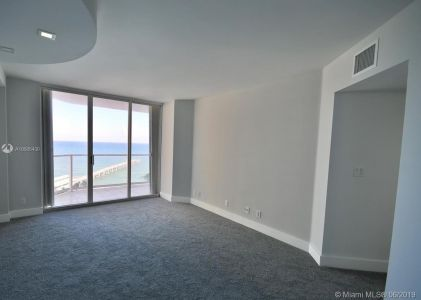 16485 Collins Ave #1034 photo013