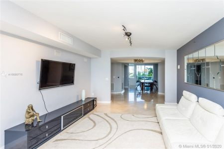 18911 Collins Ave #504 photo07