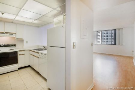 540 Brickell Key Dr #1200 photo03