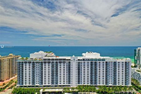 2301 Collins Ave #1043 photo014