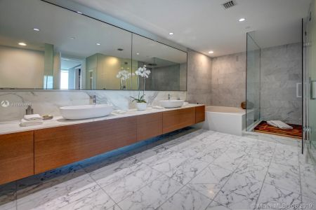 10201 Collins Ave #1201 photo017