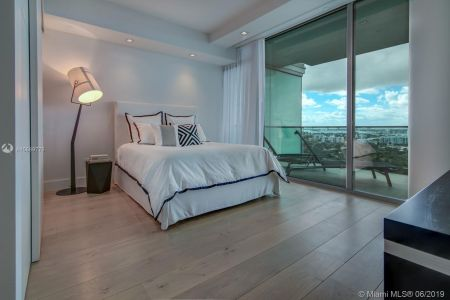 10201 Collins Ave #1807 photo019