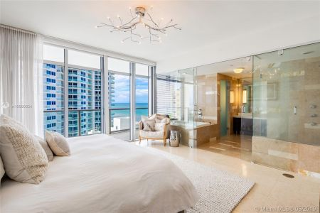 3737 Collins Ave #S1104 photo010