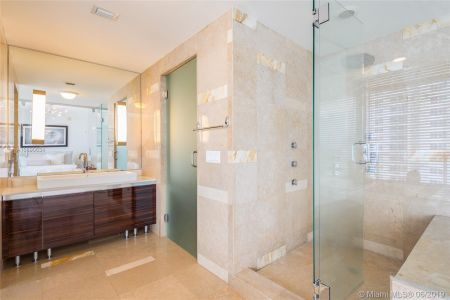 3737 Collins Ave #S1104 photo013