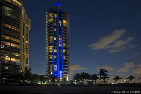 18683 Collins Ave #1403 photo03