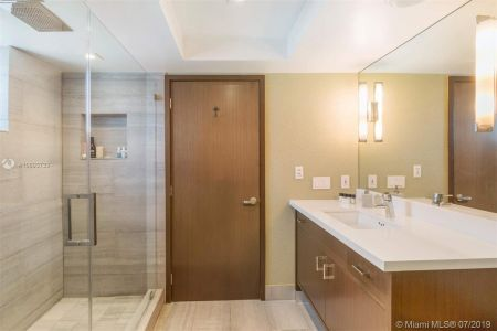 1800 Sunset Harbour Dr #1501 photo010