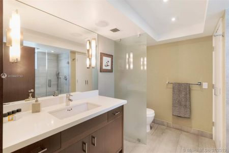 1800 Sunset Harbour Dr #1501 photo09