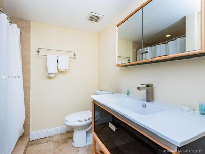 5225 Collins Ave #1411 photo09