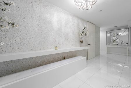 1100 Biscayne Blvd #3801 photo023