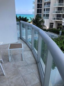18683 Collins Ave #508 photo029