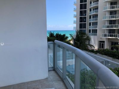 18683 Collins Ave #508 photo030