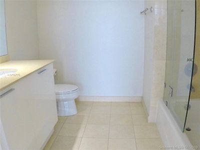18911 Collins Ave #604 photo014