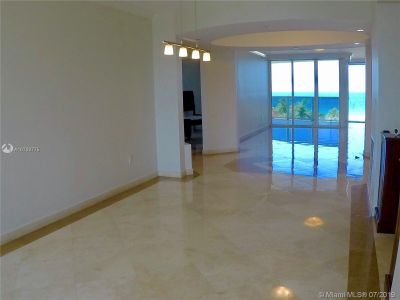 18911 Collins Ave #604 photo019