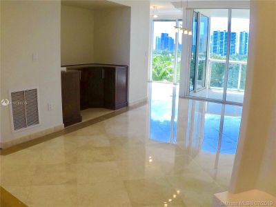 18911 Collins Ave #604 photo05