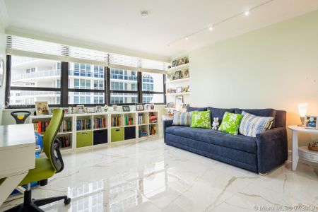 10205 Collins Ave #1004- RENOVATED photo020