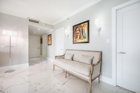 10205 Collins Ave #1004- RENOVATED photo023