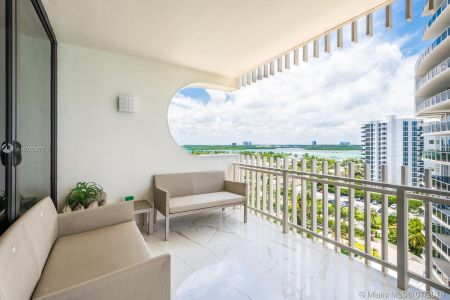 10205 Collins Ave #1004- RENOVATED photo026