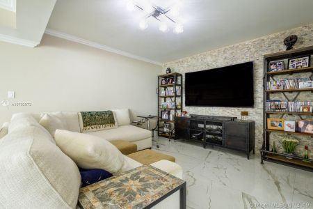 10205 Collins Ave #1004- RENOVATED photo05