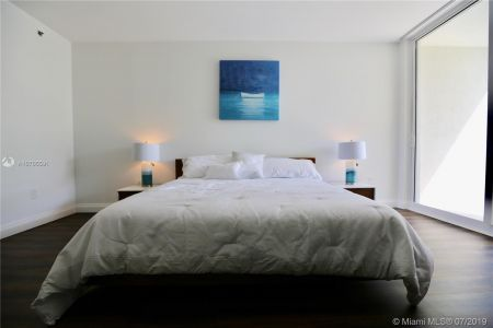 19111 Collins Ave #107 photo016