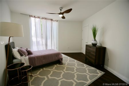 19111 Collins Ave #107 photo020