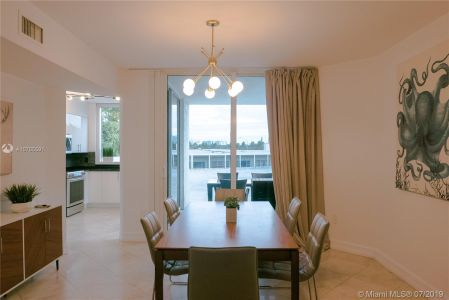 19111 Collins Ave #107 photo08