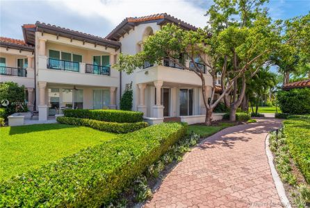 15511 Fisher Island Dr #15511 photo03