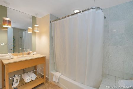 18683 Collins Ave #510 photo07