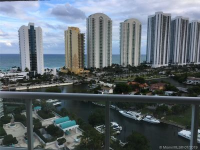 16500 Collins Ave #1652 photo02