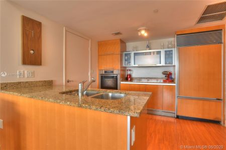 17201 Collins Ave #1609 photo014