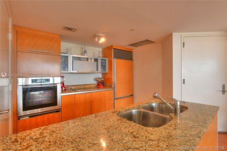 17201 Collins Ave #1609 photo015