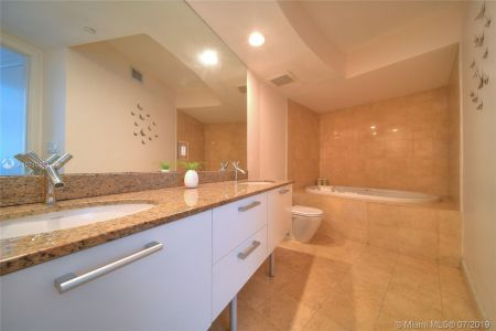 17201 Collins Ave #1609 photo018